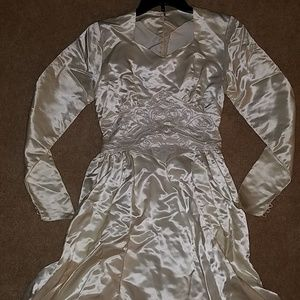 Vintage 1940s wedding gown bridal dress midcentury